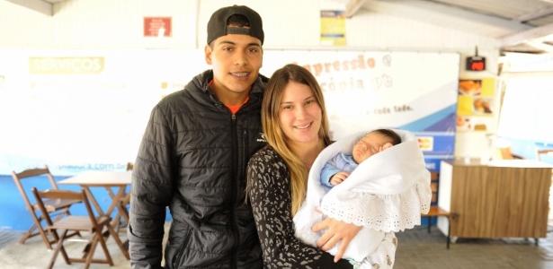 Levou o bebê para a prova - Lucas Pontes/UOL