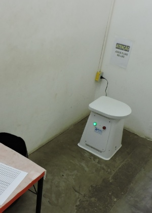 Banco detector de metal usado em unidades penitenciárias em São Paulo