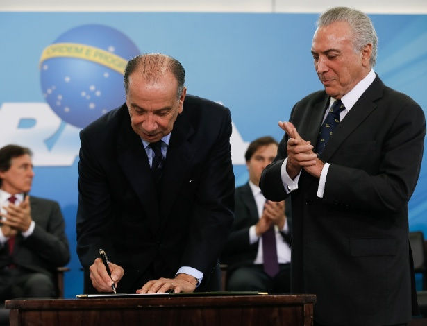 Aloysio Nunes toma posse como ministro das Relações Exteriores