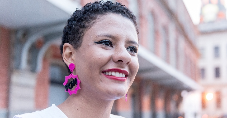 Caroline defende bandeiras como o feminismo e pretende continuar lutando pelas causas da juventude quando concluir os estudos