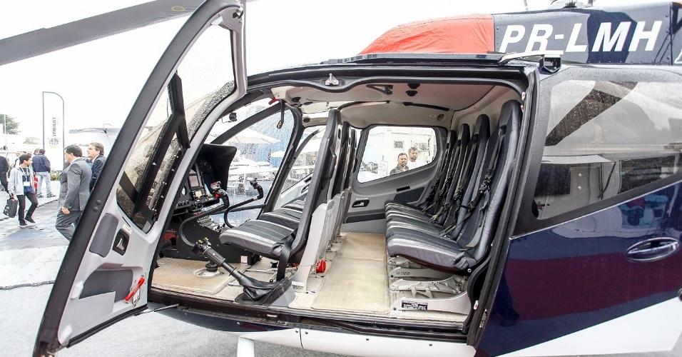 O helicóptero H130 tem uma característica inusitada com a configuração com três assentos na parte frontal. Na parte de trás, há espaço ainda para mais quatro passageiros. O modelo tem alcance de 617 km e pode voar a uma velocidade máxima de 237 km/h