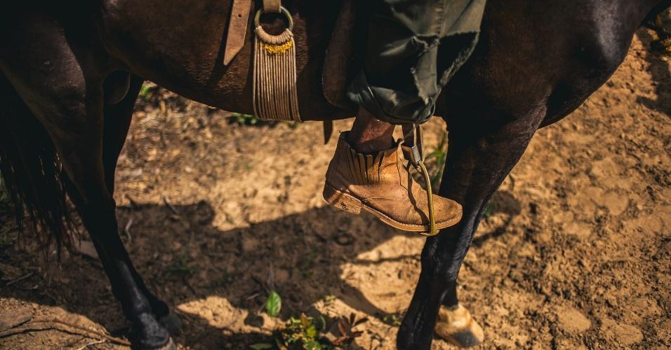 Famílias no cerrado baiano desenvolveram um jeito de viver do cerrado que passa pelo compartilhamento de áreas comuns para soltar o gado, colher os frutos e remédios e plantar roças