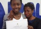Quem são mãe e filha que emocionaram a internet com foto que viralizou (Foto: Reprodução/Facebook)