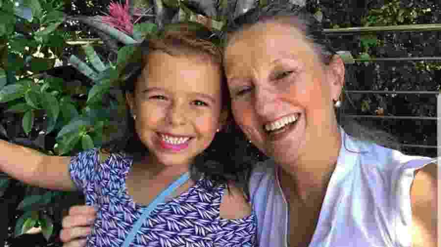 Lúcia Xavier Sarmento Neves, 64, e a neta, Júlia Neves, 6 - Reprodução/Facebook