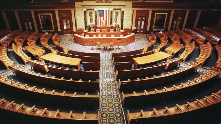 Câmara dos EUA penaliza congressista pró-Trump por disseminação de conspirações - Reuters Photographer