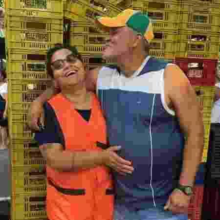 O casal de feirantes Valdete e Marinaldo Ribeiro - Arquivo pessoal - Arquivo pessoal