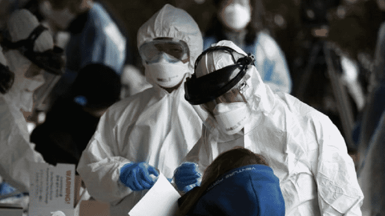 Segundo especialistas, Brasil vive pior momento da pandemia - Getty Images - Getty Images