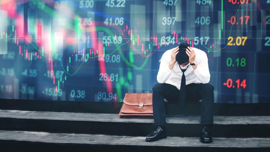 A ação da Evergrande chegou a cair quase 19% durante a sessão, mas encerrou o dia em baixa de 10% - SARINYAPINNGAM/iStock