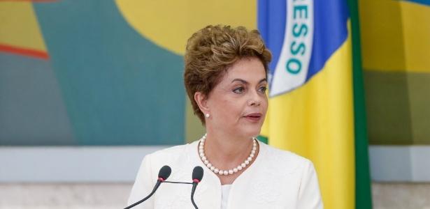 A presidente Dilma Rousseff em reunião do Conselho de Desenvolvimento Econômico e Social