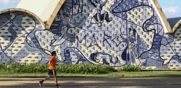 Igreja de São Francisco, em Belo Horizonte, que teve painel de autoria de Cândido Portinari pichado