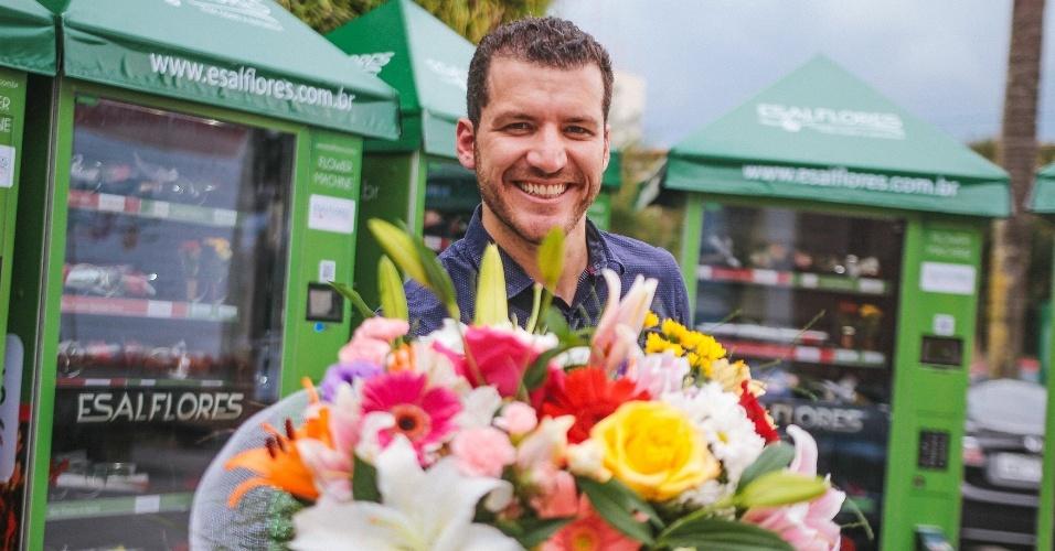 Bruno José Esperança, diretor geral da Esalflores, que vende flores em máquinas automáticas, como as de refrigerantes