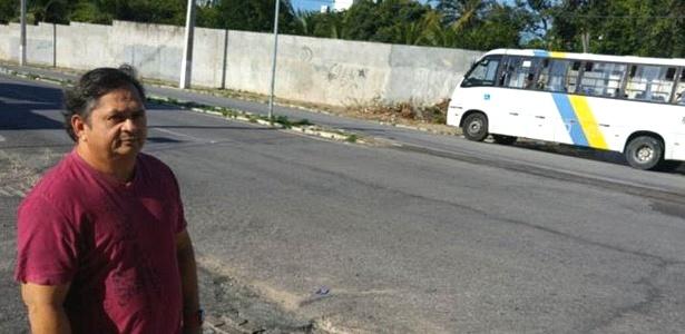 O empresário Paulo de Tarso, que perdeu seu micro-ônibus: 'Quando cheguei no local, fiquei em choque. Tinha só a caveira do carro'