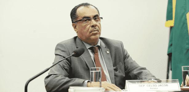 Deputado Celso Jacob (PMDB-RJ) está preso desde junho e tinha autorização para trabalhar de manhã na Câmara - Divulgação