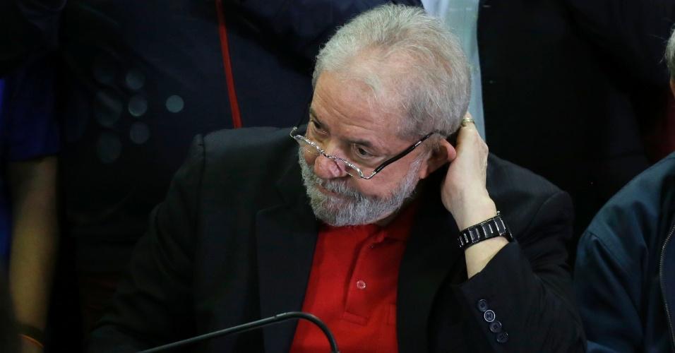 13.jul.2017 - Ex-presidente Lula fala pela primeira vez após ser condenado, no diretório do PT, em São Paulo