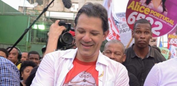 Haddad em Salvador, durante evento da campanha de Lula - Márcio Reis/Futura Press/Estadão Conteúdo