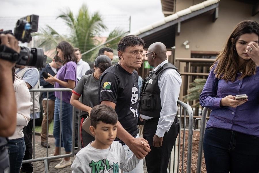 29.out.2018 - Deputado federal Eder Mauro (PSD-PA) visita o presidente eleito Jair Bolsonaro (PSL)