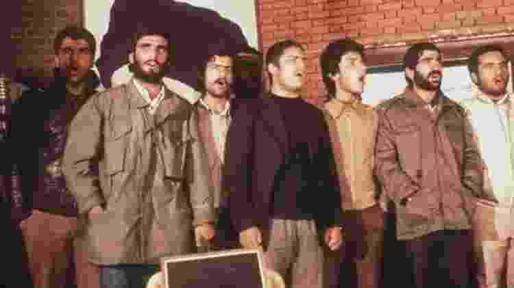 Estudantes invadiram embaixada dos EUA em Teerã e fizeram funcionários reféns por 444 dias - Getty Images