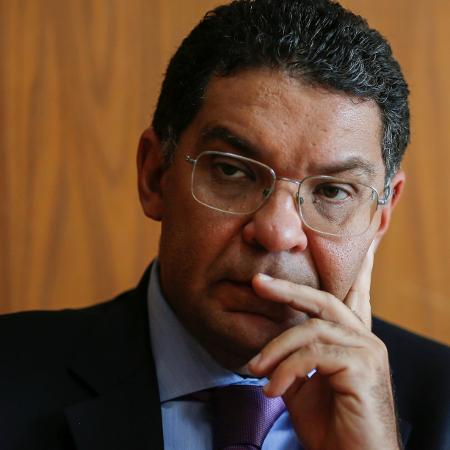 Segundo os cálculos de Mansueto Almeida, o ano que vem será o mais tranquilo para o presidente cumprir o teto de gastos - ADRIANO MACHADO/Reuters