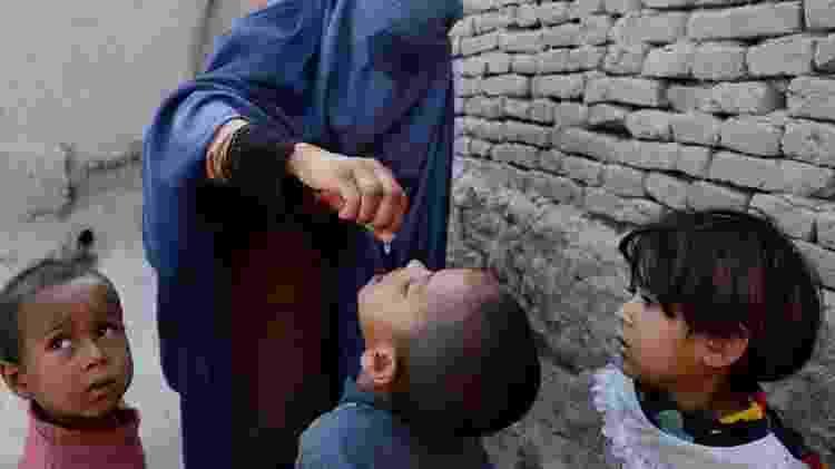 O poliovírus selvagem tipo 1 ainda está circulando no Afeganistão e no Paquistão, e também há o desafio dos casos derivados da própria vacina - Getty Images - Getty Images