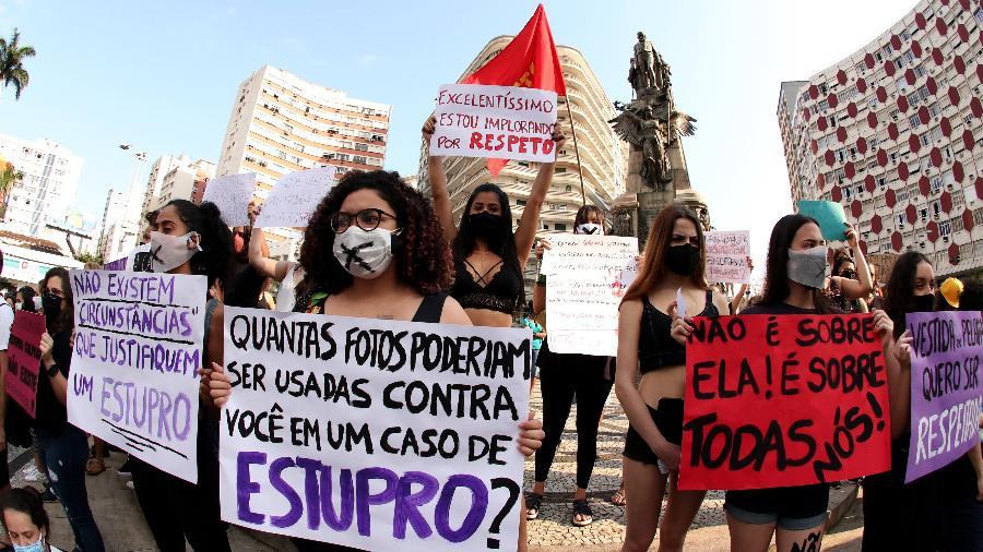 08.11.20 - Manifestação em SP pede justiça para Mari Ferrer e fim da cultura de estupro - MARCELA MATTOS/ESTADÃO CONTEÚDO