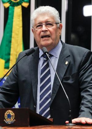 Em novo parecer, Requião incorporou pontos da proposta de Rodrigo Janot