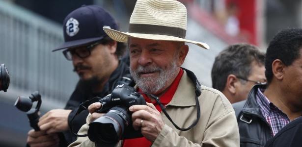 Lula faz caminhada de campanha com o prefeito Fernando Haddad no Jardim da Conquista, São Mateus, na zona leste de São Paulo