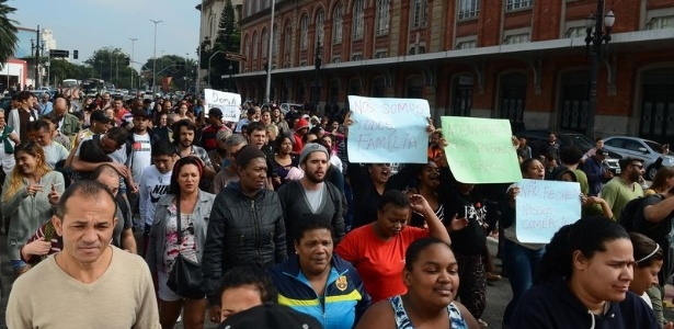 Manifestação de moradores e comerciantes da região da Luz em São Paulo contra as ações promovidas pela Prefeitura e o Governo do Estado na cracolândia