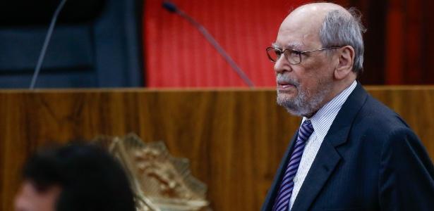 6.fev.2018 - Advogado e ex-ministro do STF Sepúlveda Pertence acompanha cerimônia de posse de Luiz Fux como presidente do TSE
