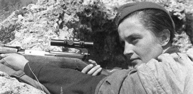 Muitos especialistas acreditam que a história de Lyudmila Pavlichenko tem mais de lenda do que realidade - Reprodução