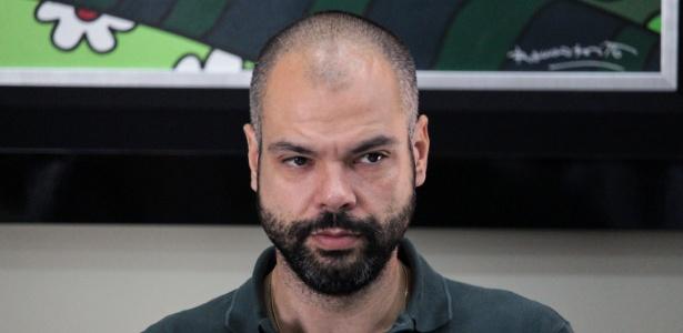 O prefeito de São Paulo, Bruno Covas, durante reunião no domingo (27)