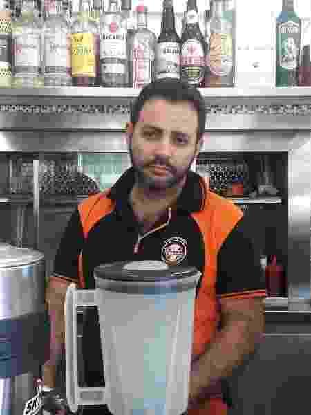 Marcelo Dantas Santana, 42, é dono de um bar na região da Luz - Wanderley Preite Sobrinho/UOL