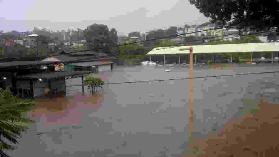 19.jan.2020 - Região entre Contagem e BH foi completamente alagada pela chuva - ASCOM GCM BETIM