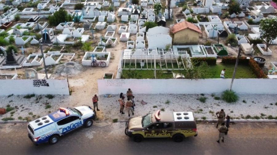 Homem suspeito foi preso sem reagir após drone localizá-lo com a vítima dentro do cemitério - Reprodução/ 9º BPM do Tocantins