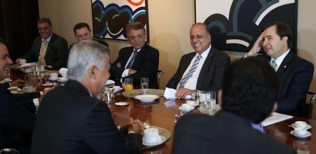 Governadores se reúnem com o presidente da Câmara dos Deputados, Rodrigo Maia