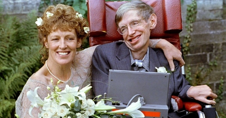 Em 1995, Hawking se casou com uma das enfermeiras dele, Elaine Mason. Depois de 11 anos casados, eles se divorciaram