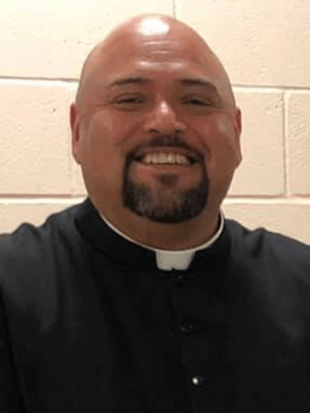 """Guadalupe Rios teria mantido relacionamento com mulher que o acusa de abuso e agressão - Divulgação/St. Joseph""""s Catholic Church Selma"""