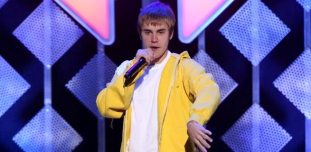 Acusado se passava pelo cantor Justin Bieber para pedir imagens explícitas