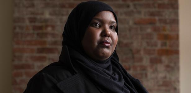 Juweiya Abdiaziz Ali, americana de origem somali que está processando o presidente Donald Trump - Ruth Fremson/The New York Times