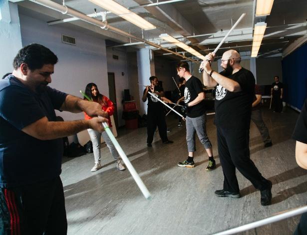 Membros da Rogue Alliance treinam em Nova York - VICTOR LLORENTE/NYT