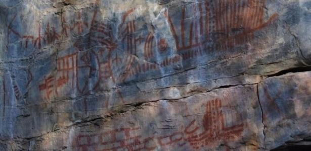 São cerca de 3.000 sítios arqueológicos em rochas de boqueirão e grotas no sertão na Bahia  - Rogério Cunha