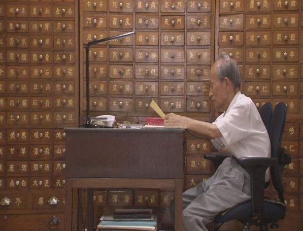 28.ago.2018 - O sul-coreano Cho Kwon-hyeong, 80, dias após encontrar os familiares na Coreia do Norte - Reuters