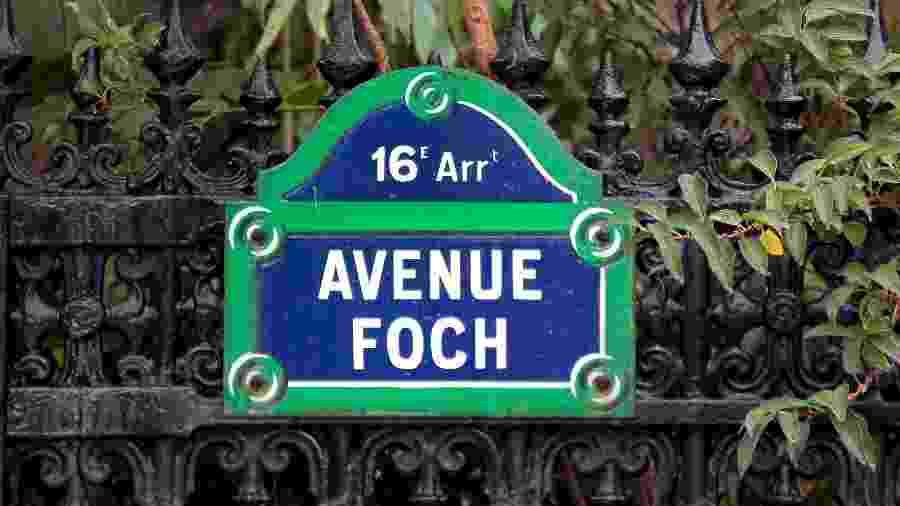 Placa mostra endereço da princesa em Paris - Jacques Demarthon - 8.out.2012/AFP