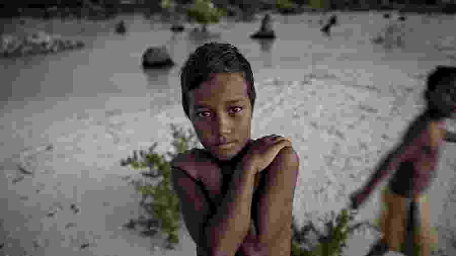 Acredita-se que as ilhas de Kiribati serão engolidas pelo oceano em 10 ou 15 anos, deixando sem lar as mais de 100.000 pessoas que vivem nelas - Getty Images/BBC