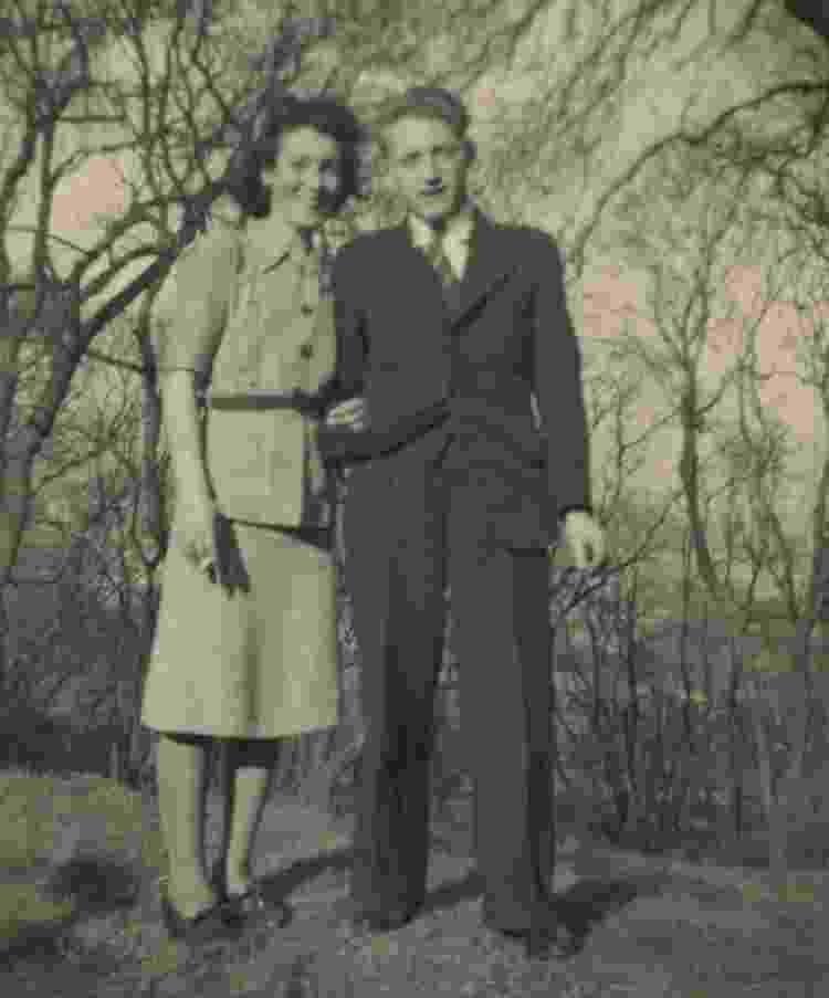 Mary com o pai de Sheena - Sheena Haig - Sheena Haig