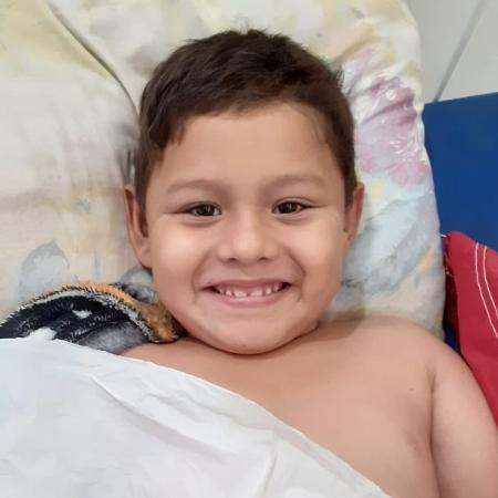 Saimon Gabriel Freitas Neri foi hospitalizado após quebrar o braço em acidente de moto em Manicoré (AM) - Arquivo Pessoal