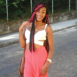 A cantora Madu Carvalho - Arquivo pessoal