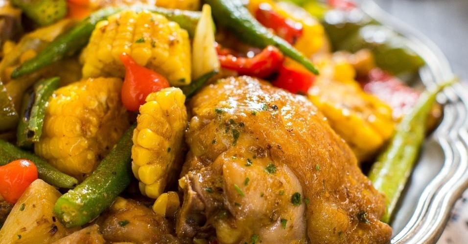 Divino Fogão frango com quiabo