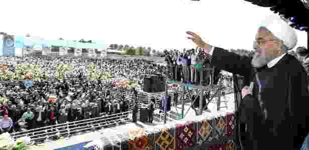 Presidente do Irã, Hassan Rouhani, discursa na cidade de Sabzevar - Presidência iraniana/AFP