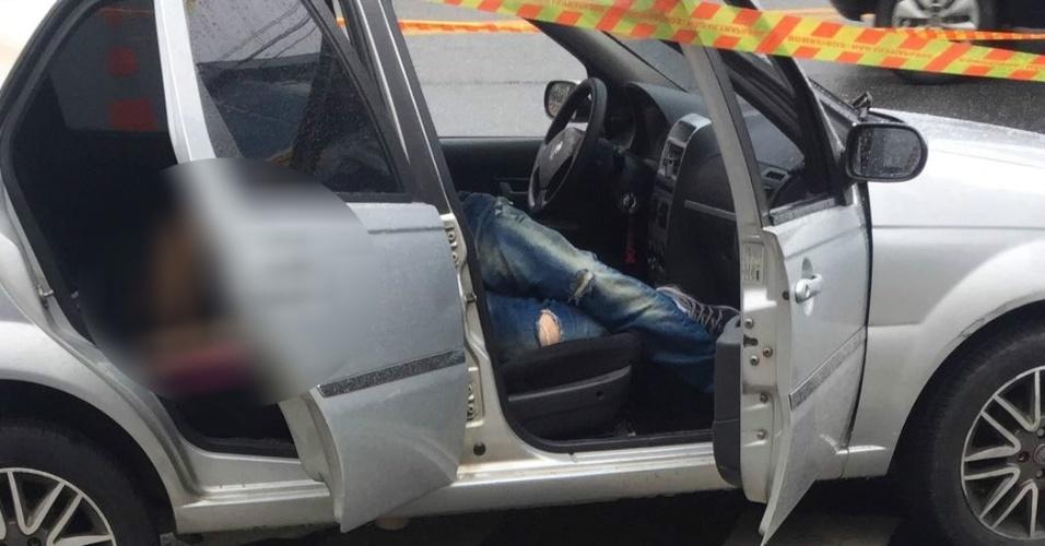 Polícia investiga nova morte | Homem é fuzilado dentro de carro na zona leste de São Paulo