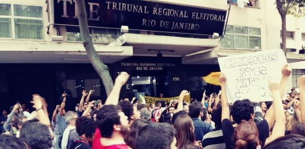 Protesto contra ações do TRE-RJ em universidades públicas